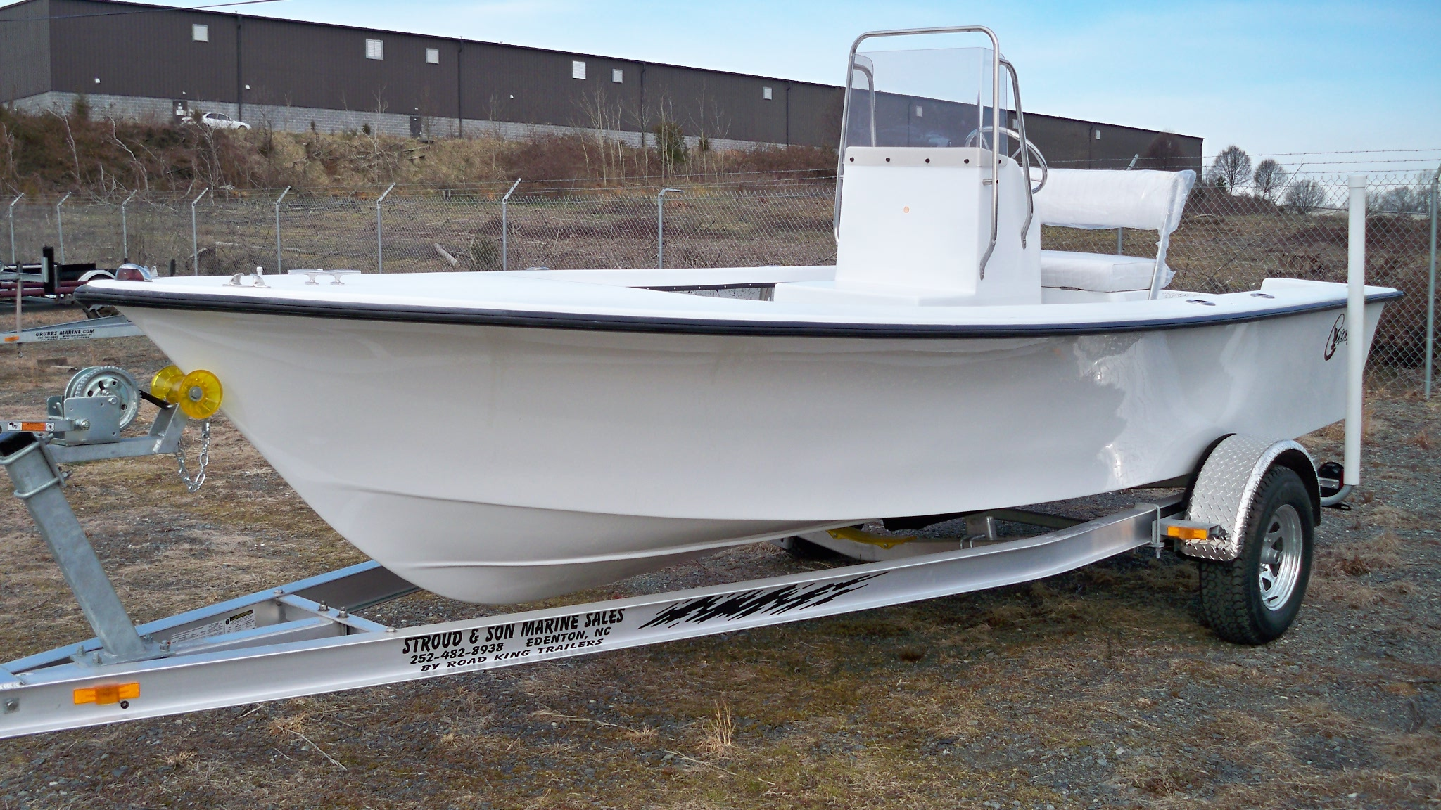 18 Center Console Chawk Boats